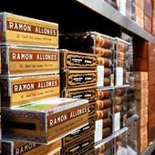#ramon #ramondekkers #ramones #ramona #ramonovia #ramoncasas #ciscoramon #robusto #robustos #ramonaroundtheworld @world.of.gerard.cigars.geneva #happy #easter #2019 #from #switzerland